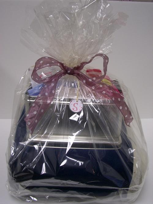 Deluxe Sherpa Gift Basket